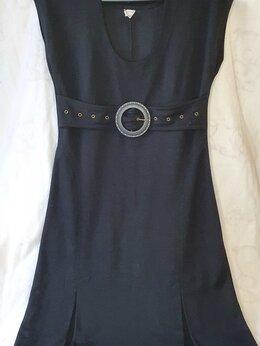 Платья - Черное платье миди с коротким рукавом, 0