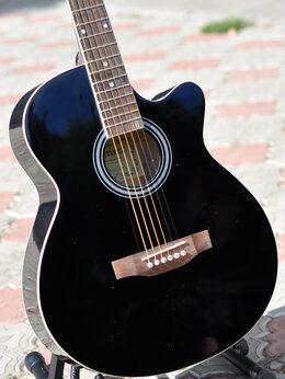 Акустические и классические гитары - Гитара концертная Martinez, 0