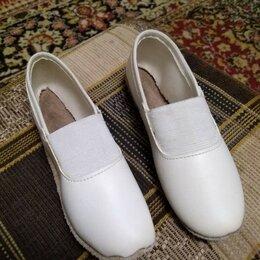 Обувь для спорта - чешки, 0