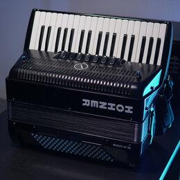 Аккордеоны, баяны, гармони - Аккордеон Hohner III 96 Black   со встроенными микрофонами, 0