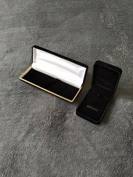 Шкатулки для часов - Футляры для украшений и часов / ювелирная упаковка, 0