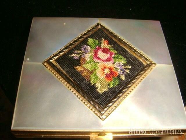 Пудреница бронза с перламутром конец 18 века по цене 15000₽ - Сувениры, фото 0