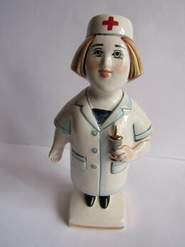 Статуэтки и фигурки - Медсестра авторская керамика Вербилки, 0