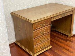 Компьютерные и письменные столы - Письменный стол из массива дуба, 0