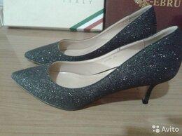 Туфли - Новые праздничные туфли 38 размера на небольшом…, 0