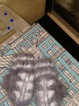 Перчатки и варежки - Пуховые варежки, носочки, 0