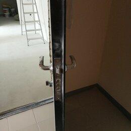 Входные двери - Входная металлическая дверь б/у, 0