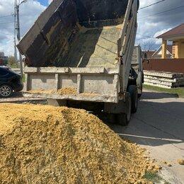 Строительные смеси и сыпучие материалы - Песок, щебень, чернозем, дрова и др, 0