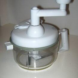 Кухонные комбайны и измельчители - Измельчитель механический ручной , 0