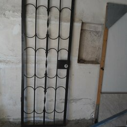 Входные двери -    Дверь - решётку правую, металл, (70 х 200) см. , 0