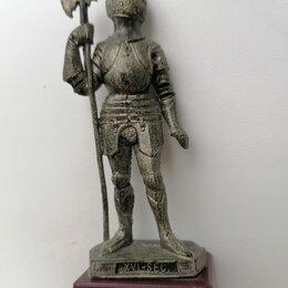 Модели - Фигурка Рыцарь в доспехах XVI века (италия), 0