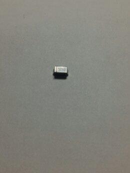 Радиодетали и электронные компоненты - Диод Шоттки SS310 SMD SMA, 0