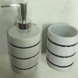 Мыльницы, стаканы и дозаторы -  Набор для ванной 2 пр., керамика,VETTA ,белый, 0