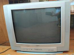 Телевизоры -  Телевизор LG среднего размера, 0
