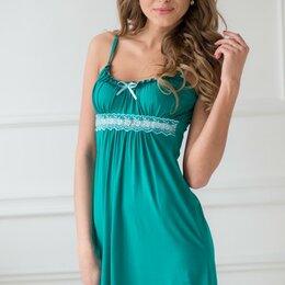 Домашняя одежда - Сорочка женская вискозная на тонких бретелях, изумрудный, 0