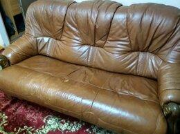 Диваны и кушетки - Кожаный диван и 2 кресла, 0