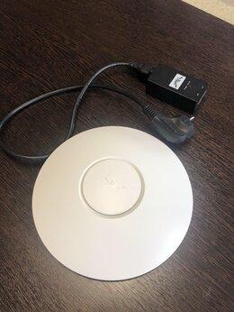 Оборудование Wi-Fi и Bluetooth - Ubiquiti UniFi AP Long Range 6545A-UAP, 0