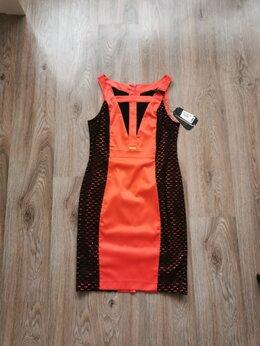 Платья - Нарядное вечернее новое платье черный/коралловый 4, 0
