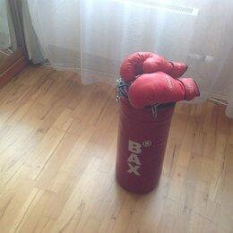 Боксерские перчатки - Боксерский мешок с перчатками, 0