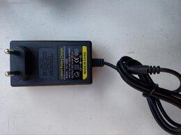 Батарейки - Зарядное устройство Li-ion 16,8v 2A, 0