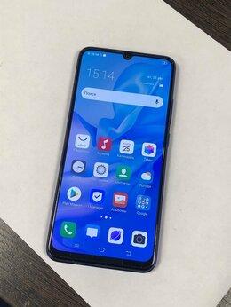 Мобильные телефоны - Смартфон vivo V17 Pro 8/128GB , 0