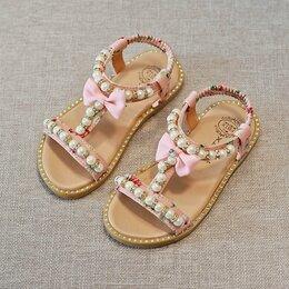 Босоножки, сандалии - Сандалии для девочек с бантом и жемчугом , 0