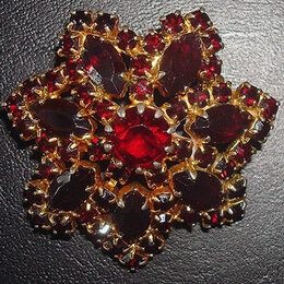 Броши - Чешская брошь- цветок гранатового цвета., 0