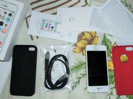 Мобильные телефоны - Айфон 5с в комплекте, 0