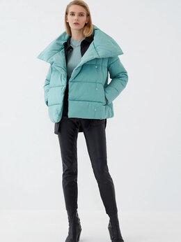 Куртки - Куртка женская НОВАЯ , 0