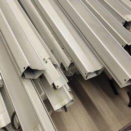 Люстры и потолочные светильники - Светильники Vector LED, 0