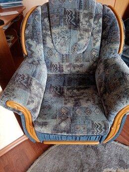 Диваны и кушетки - Мягкая угловая мебель и одно кресло, 0