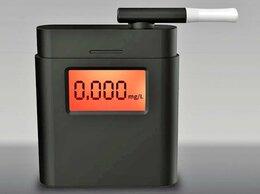 Приборы и аксессуары - Алкотестер - Анализатор с часами, 0