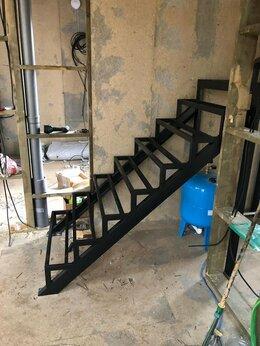 Лестницы и элементы лестниц - Лестница из металла, 0