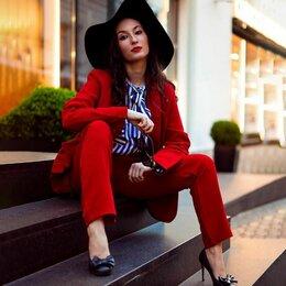 Костюмы - костюм женский красный новый 44-46, 0