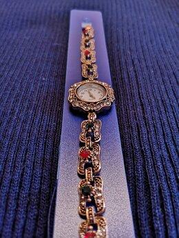 Наручные часы - Часы женские с фианитами и цирконами, 0