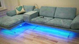 Диваны и кушетки - Угловой диван со встроенным баром и механизмом…, 0