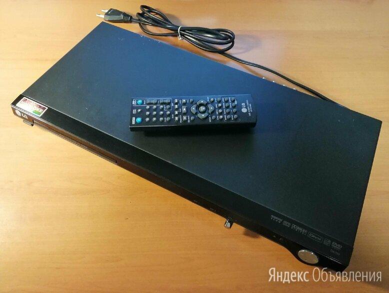 Караоке DVD-плеер LG DK-768 по цене 990₽ - DVD и Blu-ray плееры, фото 0