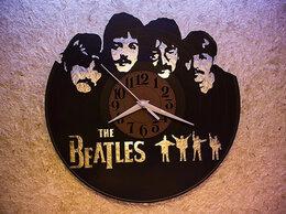 Часы настенные - Часы из виниловой пластинки с группой Beatles, 0