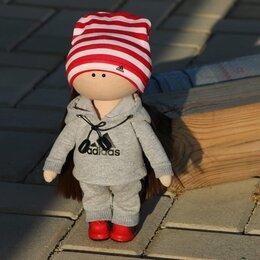Куклы и пупсы - Куколка ручной работы в спортивном костюме, ростом 25 см., 0