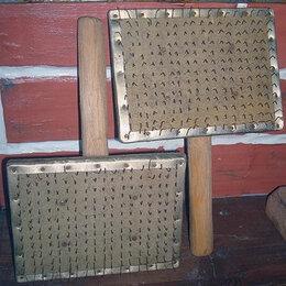 Рукоделие, поделки и товары для них - Старые чески для пуха., 0