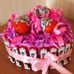 Подарочные наборы - Тортик из конфет «Kinder Surprise», 0