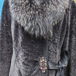 Шубы - Натуральная шуба из овчины с шалью из чернобурки приталенная 46-48 размер, 0