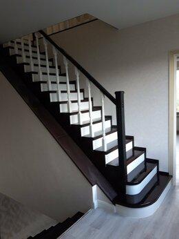 Лестницы и элементы лестниц - Лестницы из твердых пород дерева, 0