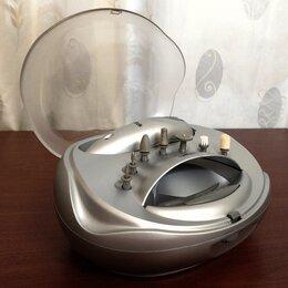 Аппараты для маникюра и педикюра - Аппарат для маникюра и педикюра Vitek, 0