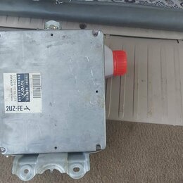 Электрика и свет - Электронный блок управление двигателем TOYOTA   LK 100  2001г.в., 0