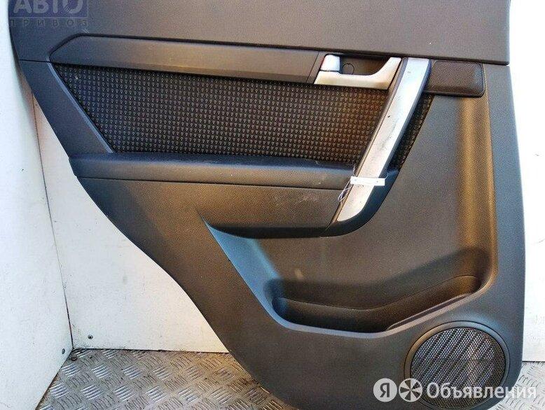 Обшивка двери задней левой (дверная карта) Chevrolet Captiva 2.4л Бензин i по цене 600₽ - Интерьер , фото 0