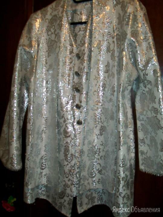 Пиджак из парчи с красивыми пуговицами 46-48 р по цене 100₽ - Пиджаки, фото 0
