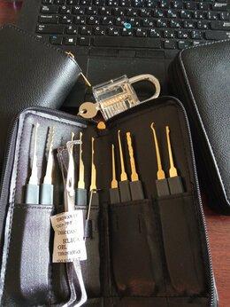 Наборы инструментов и оснастки - Большой слесарный набор / отмычки, 0