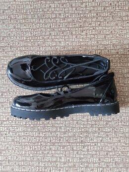 Туфли - Туфли лаковые новые 38-39 со шнуровкой, 0
