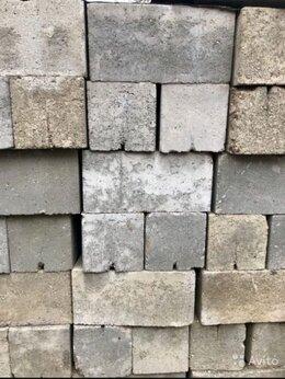 Строительные блоки - Кирпич блок 20*20*40, 0